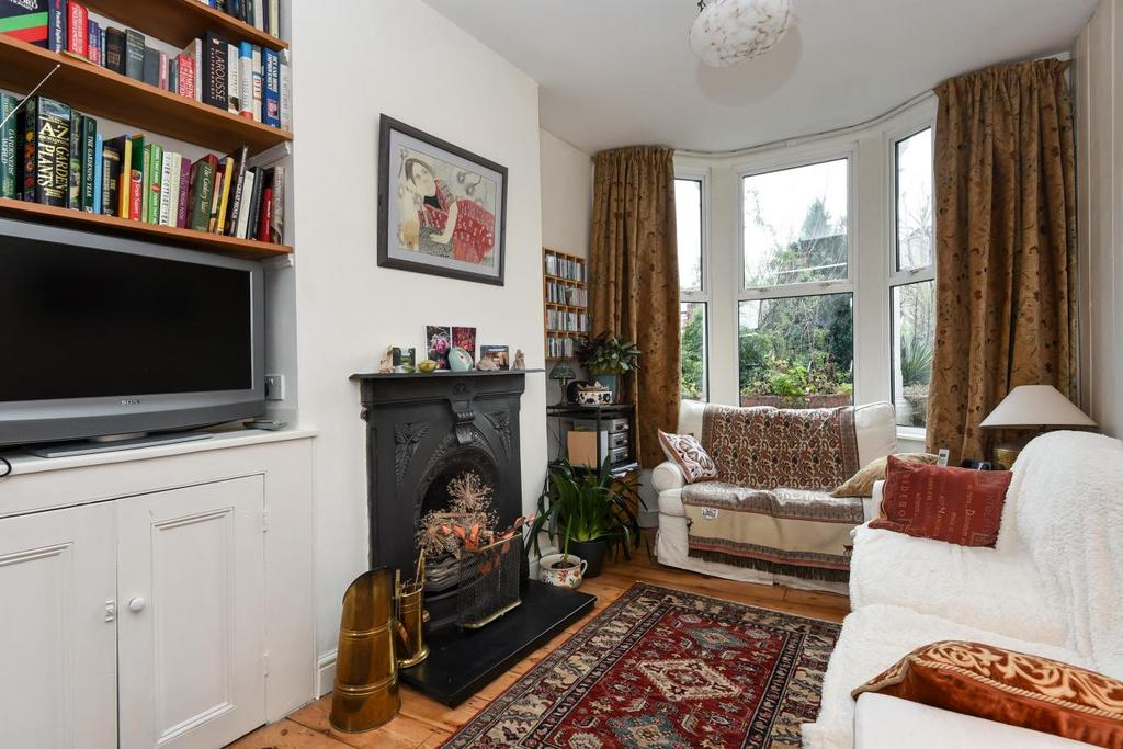 3 Bedrooms Terraced House for sale in Barmeston Road, Catford