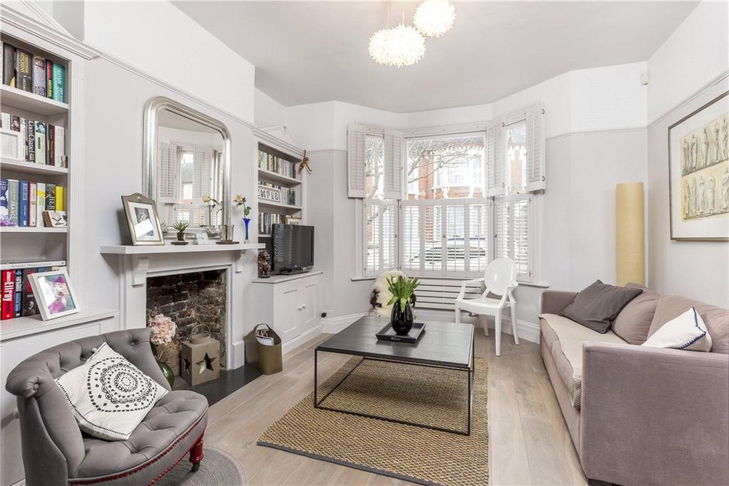 4 Bedrooms Terraced House for sale in Nansen Road, Battersea, London, SW11