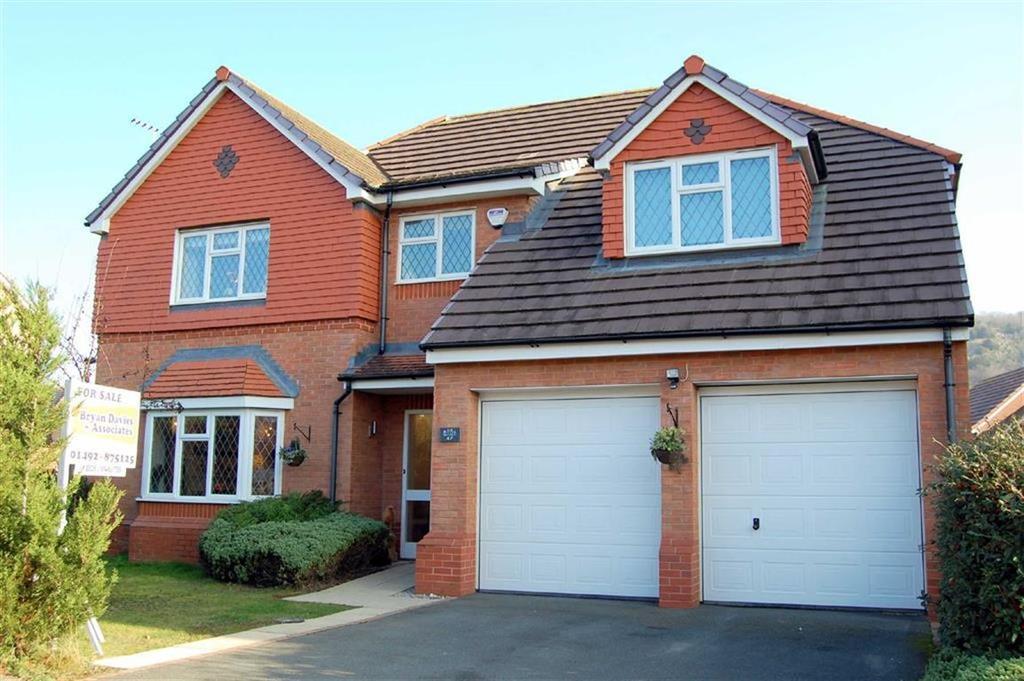 4 Bedrooms Detached House for sale in Llys Onnen, Llandudno Junction, CONWY