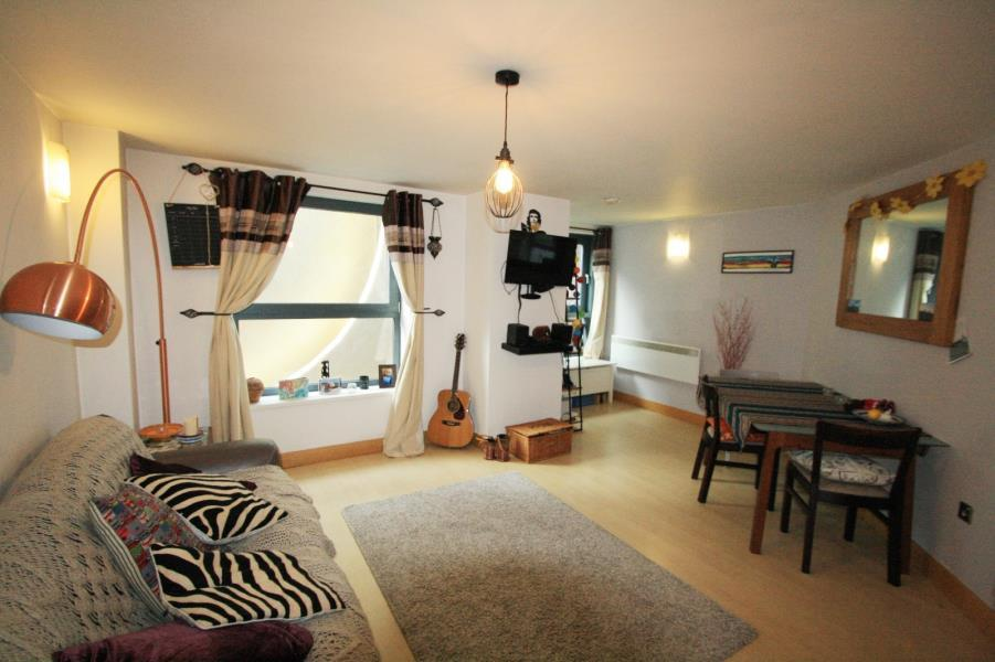 1 Bedroom Apartment Flat for sale in BLUE, 3 LITTLE NEVILLE STREET, LEEDS, LS1 4ED