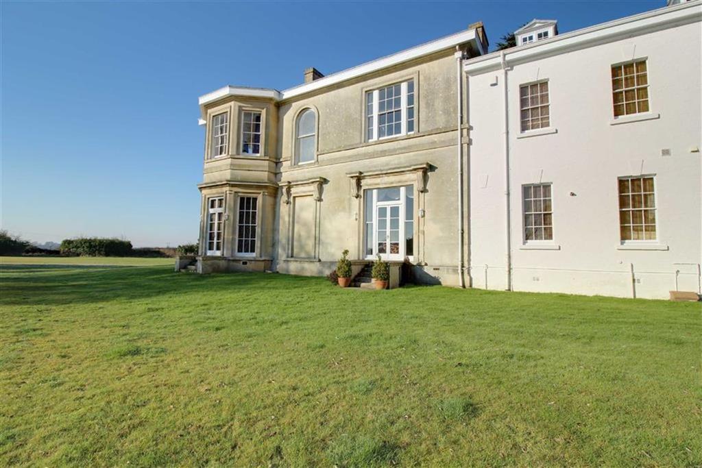 2 Bedrooms Duplex Flat for sale in Uptons Garden, Whitminster, Gloucester