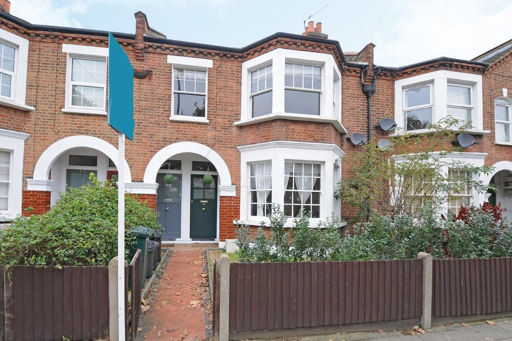 5 Bedrooms Flat for sale in Burntwood Lane, Earlsfield, SW17