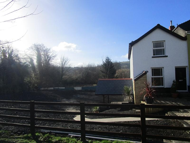 3 Bedrooms Semi Detached House for sale in Gough Cottage, Heol Glantawe , Ystradgynlais, Swansea.