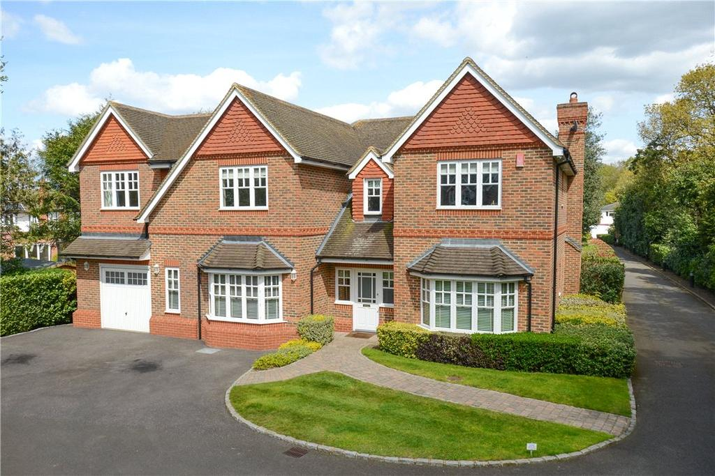 5 Bedrooms Detached House for sale in Ashley Close, Walton-on-Thames, Surrey, KT12