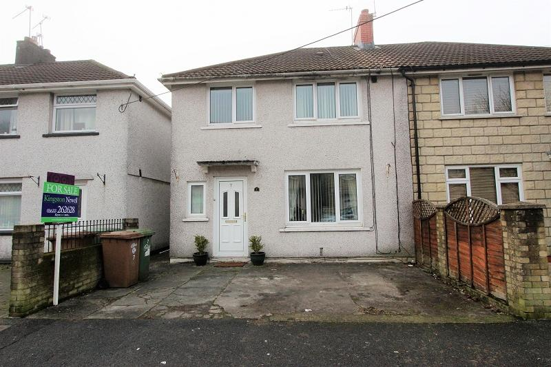 3 Bedrooms Semi Detached House for sale in Ty Isaf Park Road, Risca, Newport, Newport. NP11 6NG