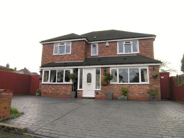 4 Bedrooms Detached House for sale in Westway,Pelsall,Walsall