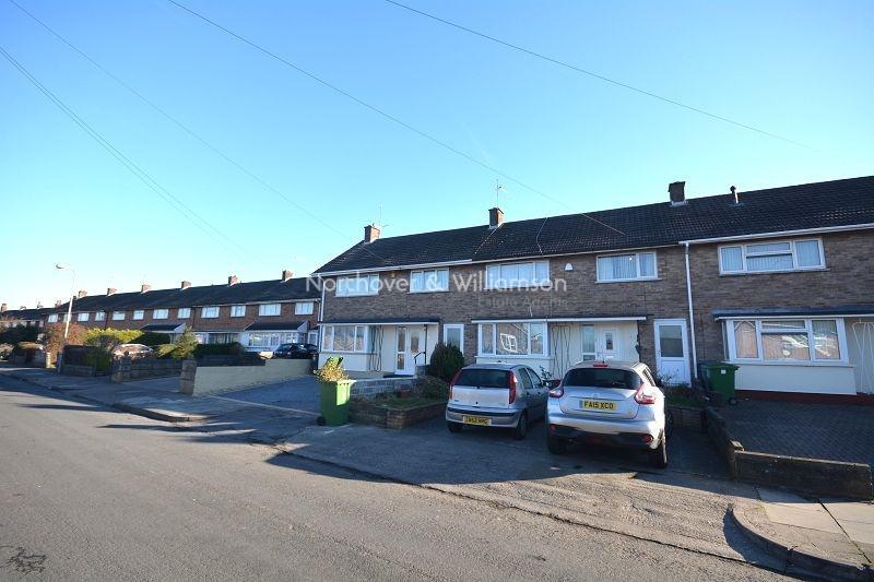 4 Bedrooms Terraced House for sale in Milverton Road, Llanrumney, Cardiff, Cardiff. CF3