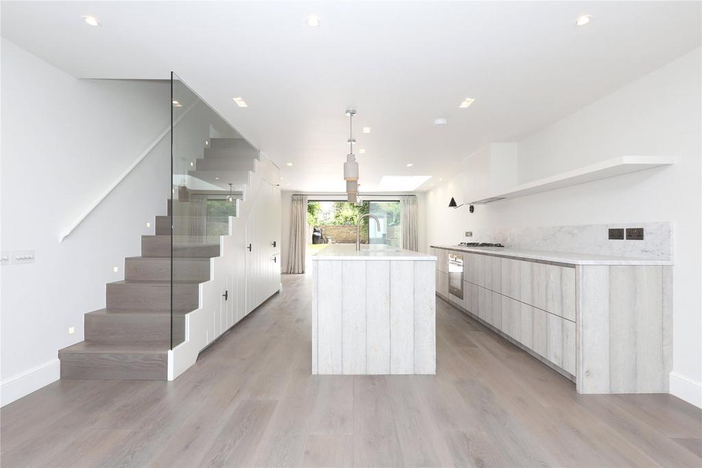 4 Bedrooms Terraced House for rent in Elia Street, Angel, Islington, London, N1