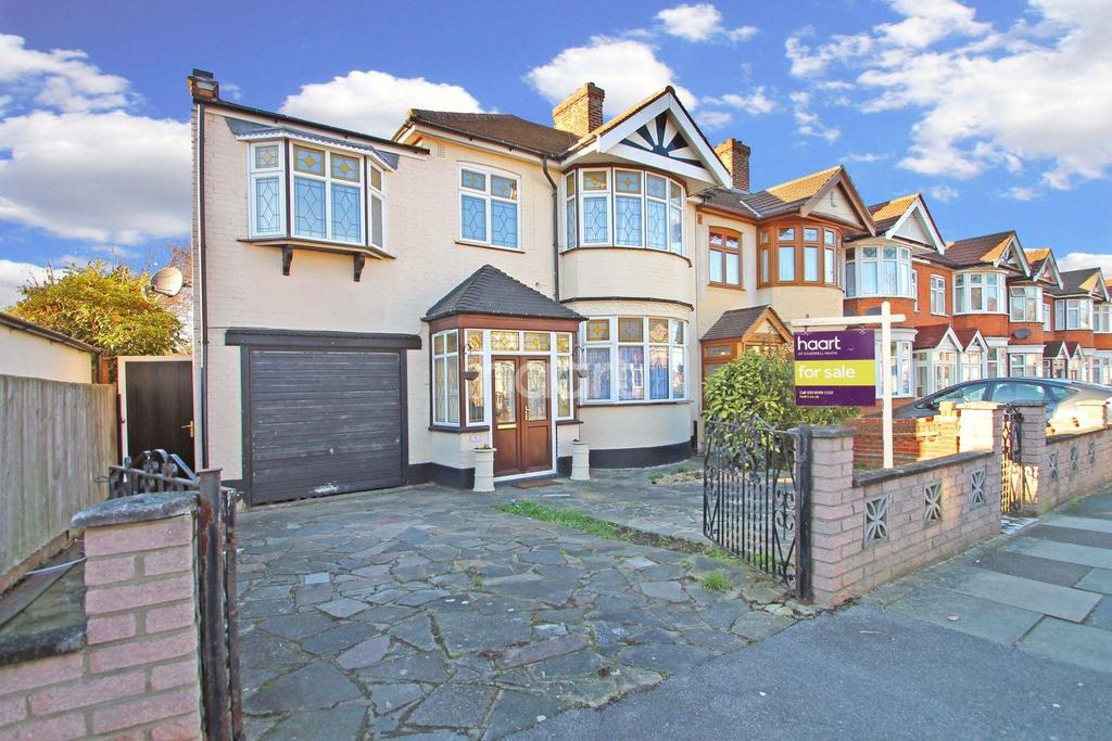4 Bedrooms End Of Terrace House for sale in Blackbush Avenue, Chadwell Heath