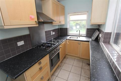 4 bedroom semi-detached house to rent - Keble Road off Welford Road