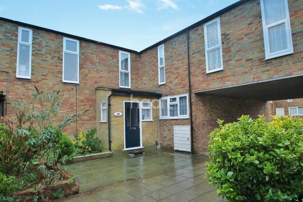3 Bedrooms End Of Terrace House for sale in Somercotes, Laindon, SS15 5UQ