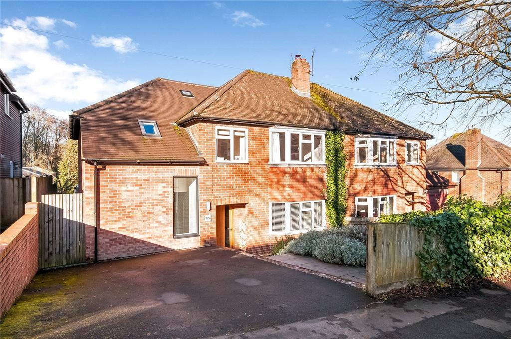 4 Bedrooms Semi Detached House for sale in Greenhill Road, Fulflood, Winchester, SO22