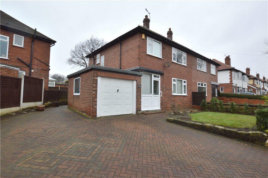 3 Bedrooms Semi Detached House for sale in Stainburn Terrace, Moortown, Leeds