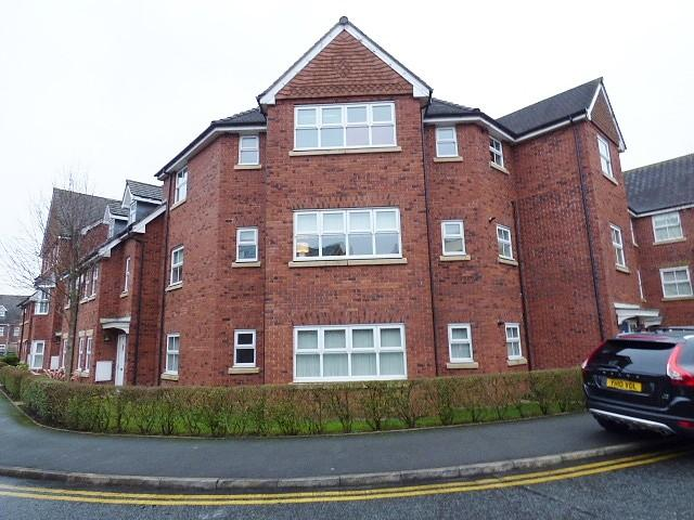 2 Bedrooms Flat for sale in Holywell Drive, Warrington