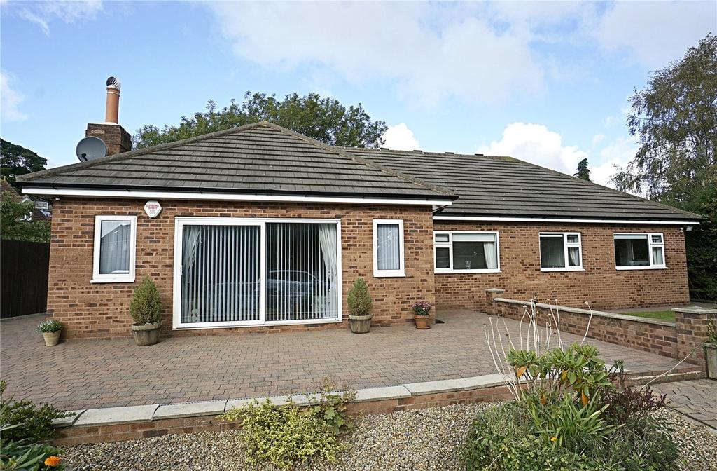 6 Bedrooms Detached Bungalow for sale in Thirsk Road, Kirklevington