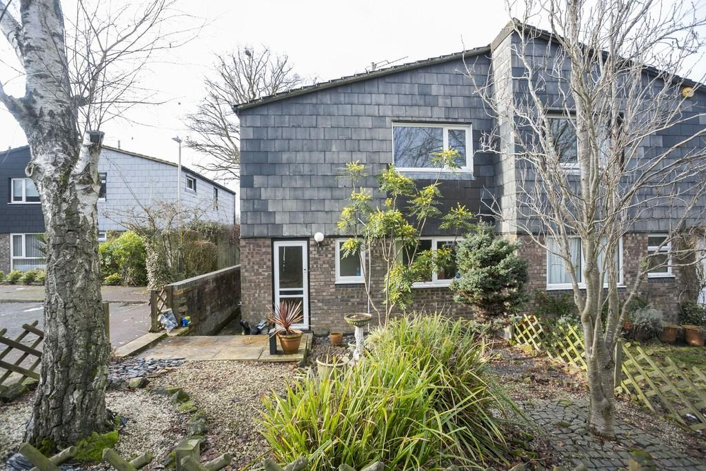 3 Bedrooms Semi Detached House for sale in Sidney Close, Tunbridge Wells
