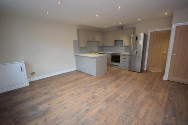 1 Bedroom Apartment Flat for sale in King Street, Dunkinfield, Ashton Under Lyne, Tameside, SK16 4JZ