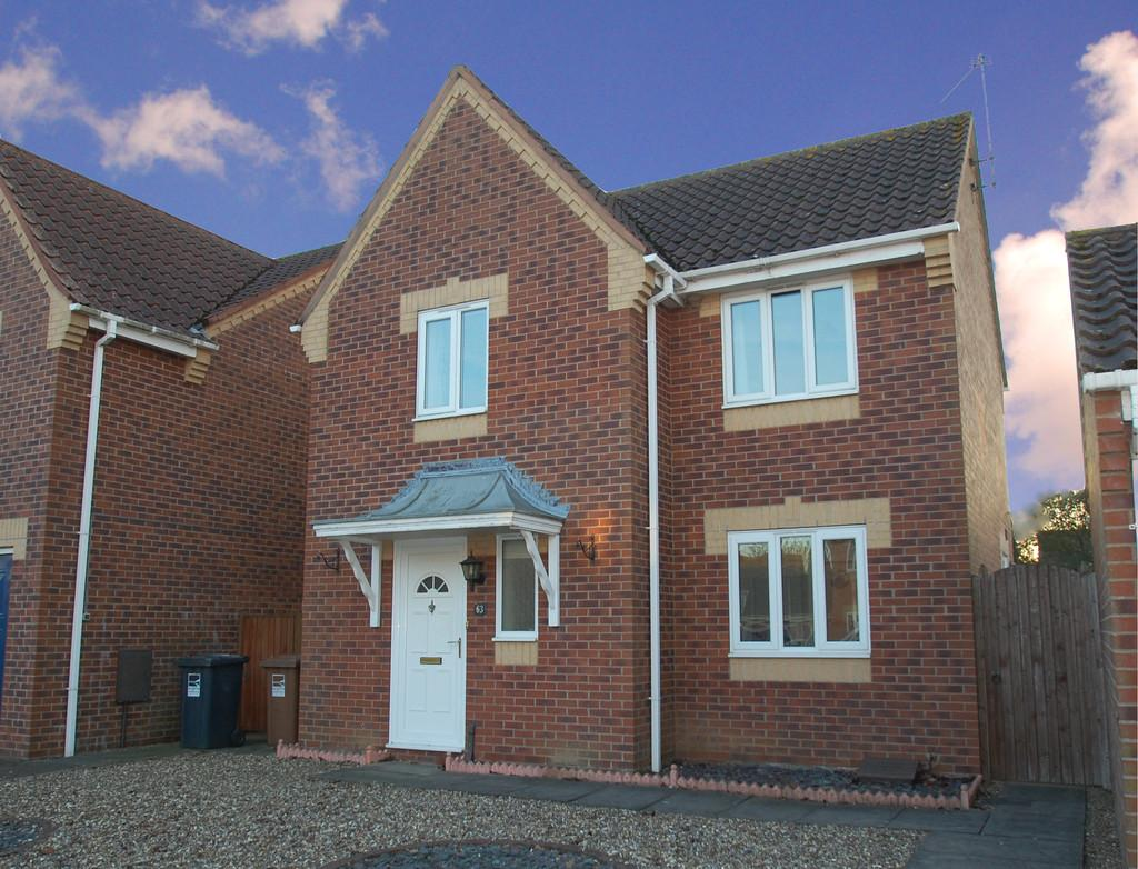 3 Bedrooms Detached House for sale in Acorn Road, North Walsham