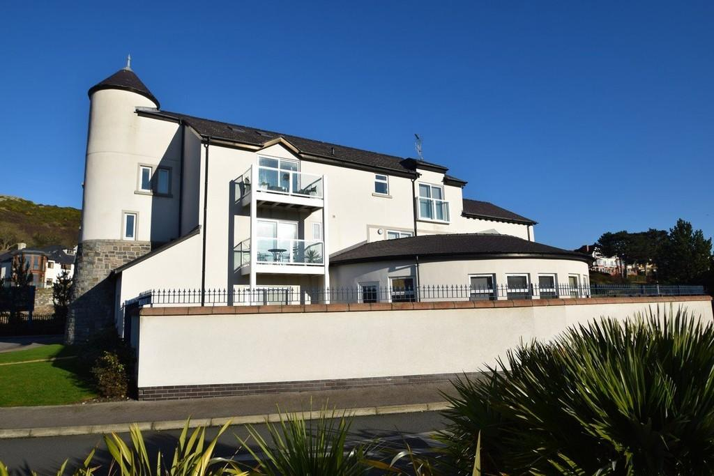2 Bedrooms Apartment Flat for sale in The Anchorage, Deganwy Quay