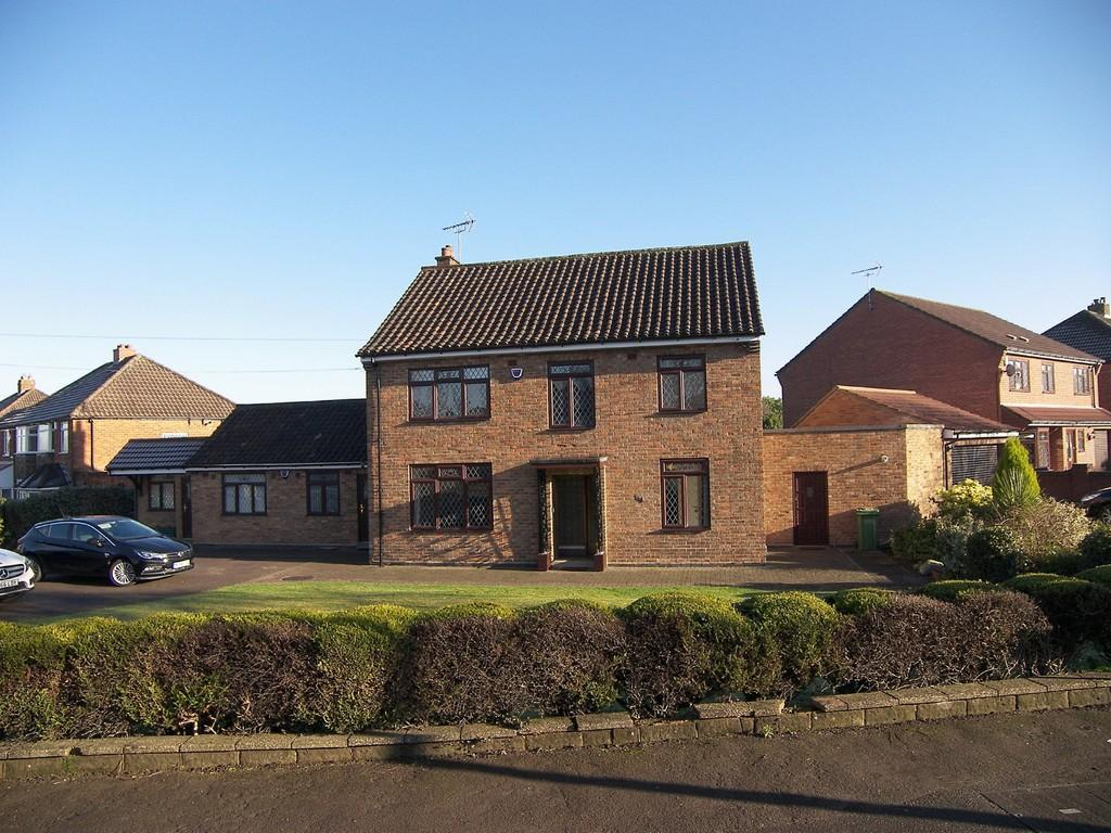 6 Bedrooms Detached House for sale in Hobs Moat Road, Solihull