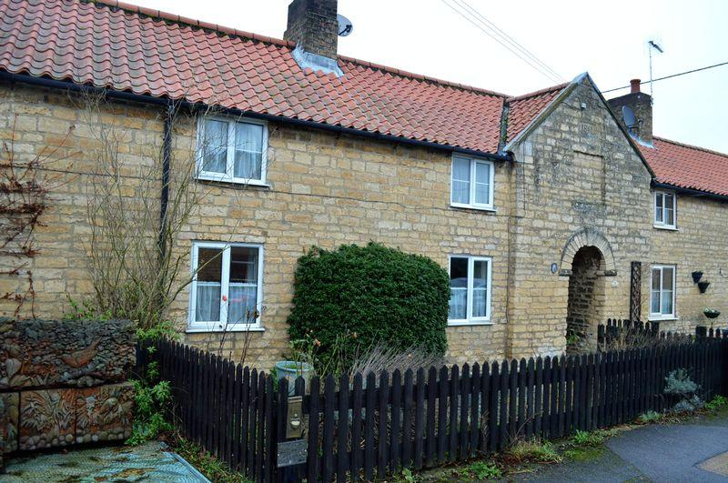 3 Bedrooms Cottage House for sale in Old Ten Row, NOCTON