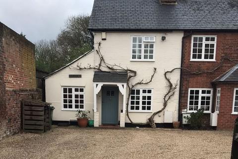 2 bedroom cottage to rent - Gerrards Cross Road, Stoke Poges, Buckinghamshire SL2