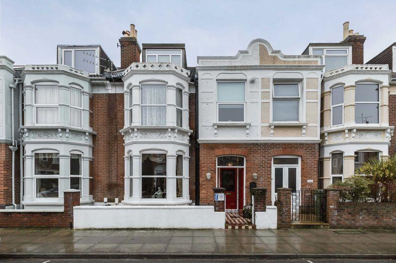 5 Bedrooms Terraced House for sale in Festing Grove, Southsea