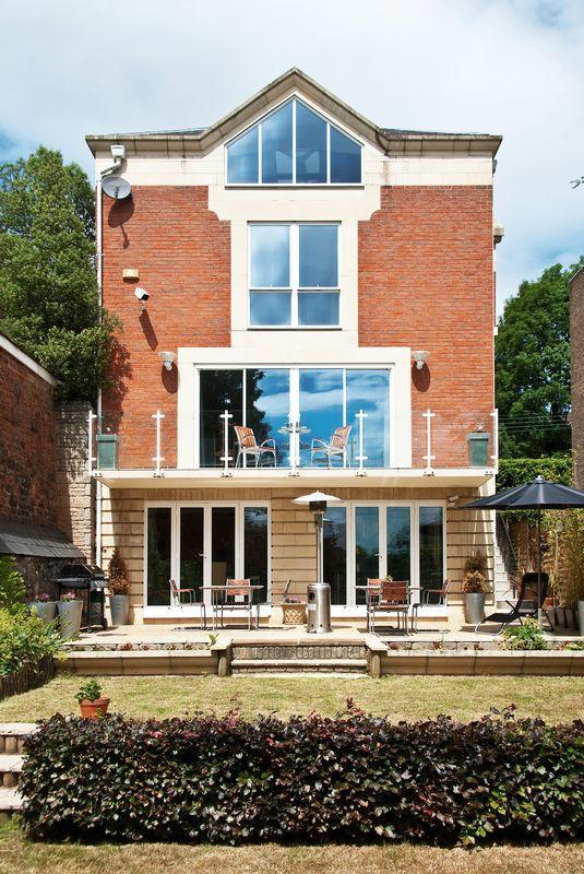 5 Bedrooms Detached House for sale in Bridge Road, Leigh Woods, Nr Clifton, Bristol, BS8 3PE