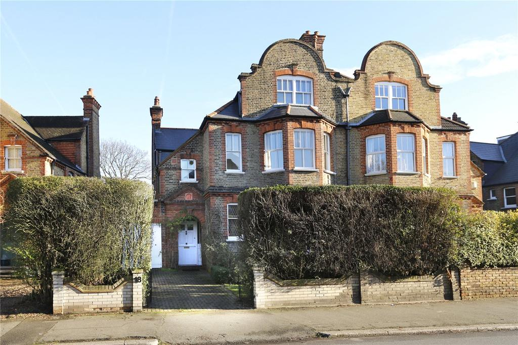 5 Bedrooms Semi Detached House for sale in Thornton Avenue, London, SW2