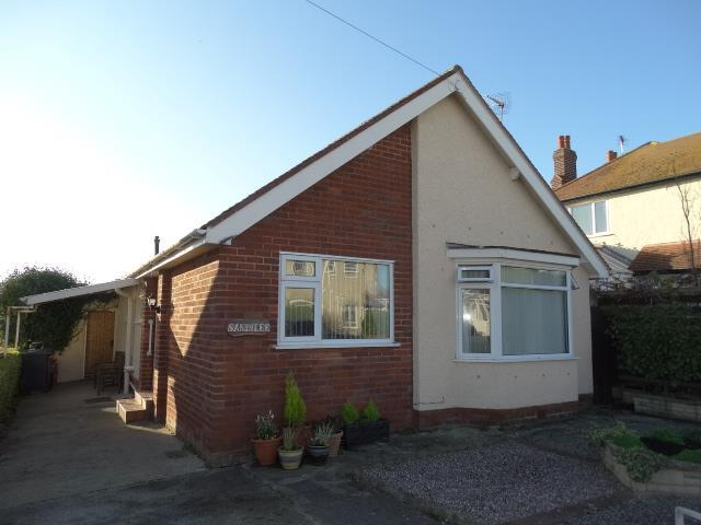 2 Bedrooms Detached Bungalow for sale in Sandilee Hafod Road East, Penrhyn Bay, LL30 3NH