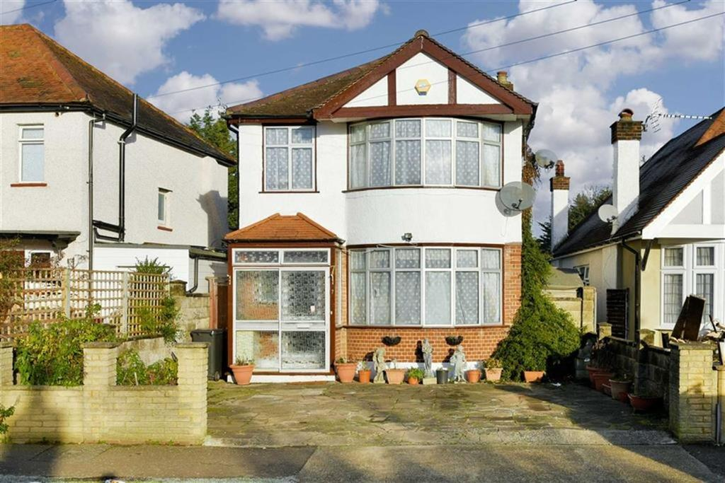 3 Bedrooms Detached House for sale in Oakleigh Avenue, Surbiton, Surrey
