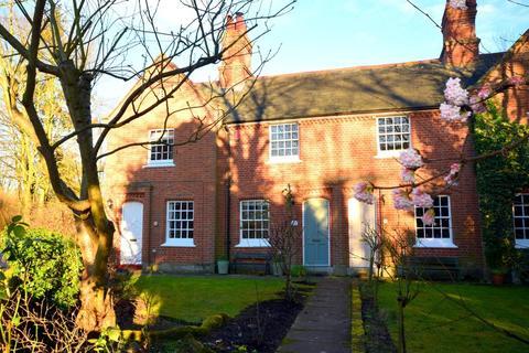 2 bedroom cottage to rent - Mill Lane, Dedham