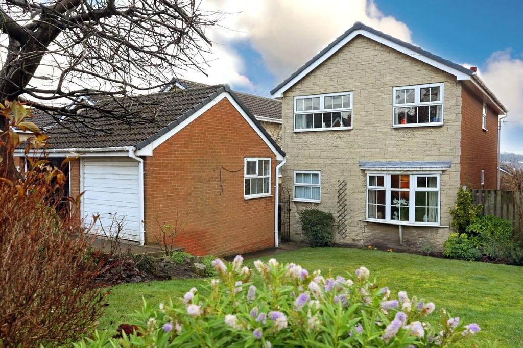 4 Bedrooms Detached House for sale in West Wells Road, Ossett