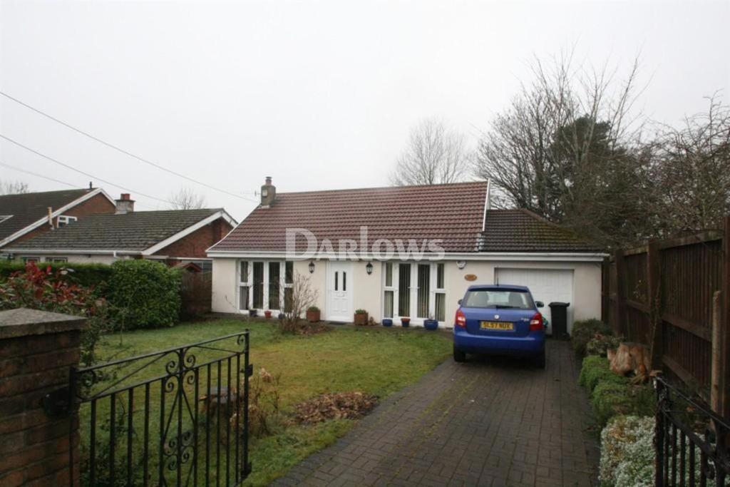 2 Bedrooms Bungalow for sale in Gwaunfarren Road Merthyr Tydfil