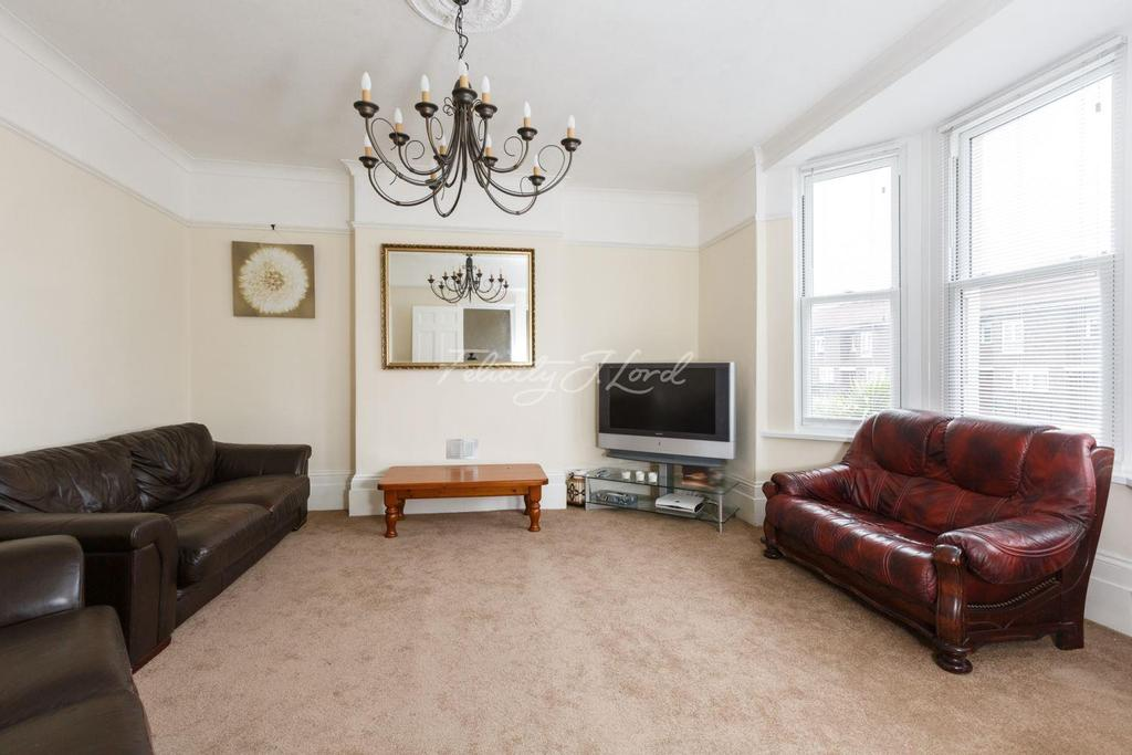 5 Bedrooms Terraced House for sale in Burrage Road, Woolwich, SE18