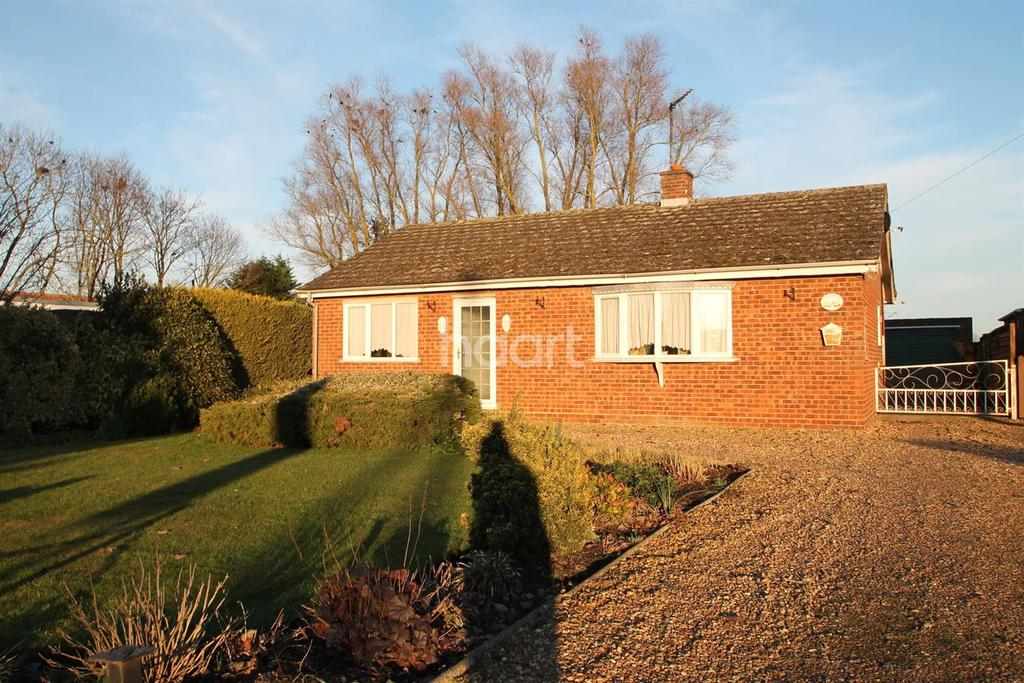 3 Bedrooms Bungalow for sale in Main Street, Welney