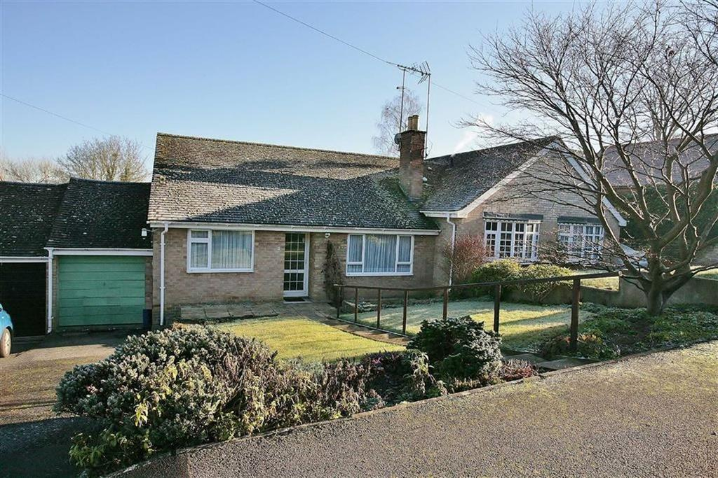 2 Bedrooms Semi Detached Bungalow for sale in Valley View, Great Bourton