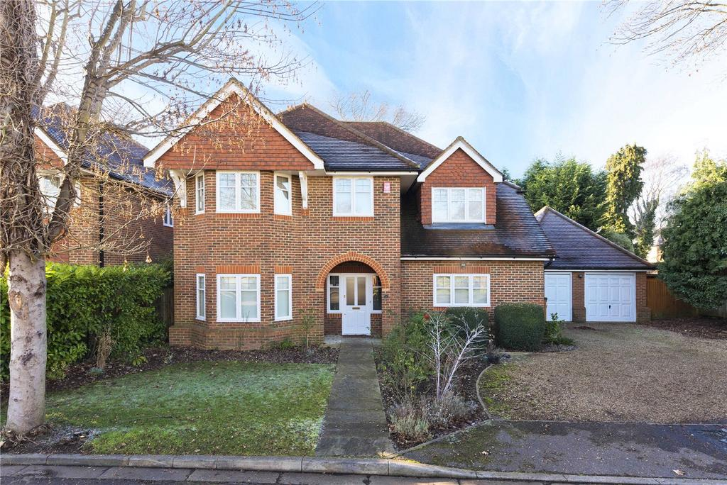5 Bedrooms Detached House for sale in Sandon Close, Esher, Surrey, KT10