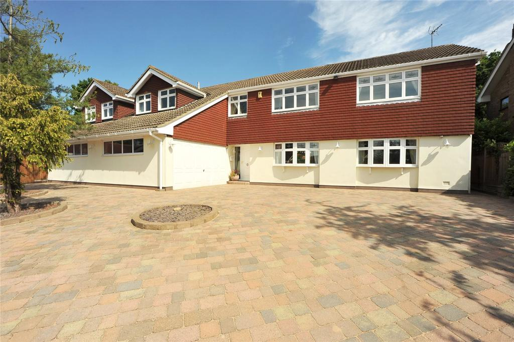 5 Bedrooms Detached House for sale in Long Meadow, Hutton, Brentwood, Essex, CM13