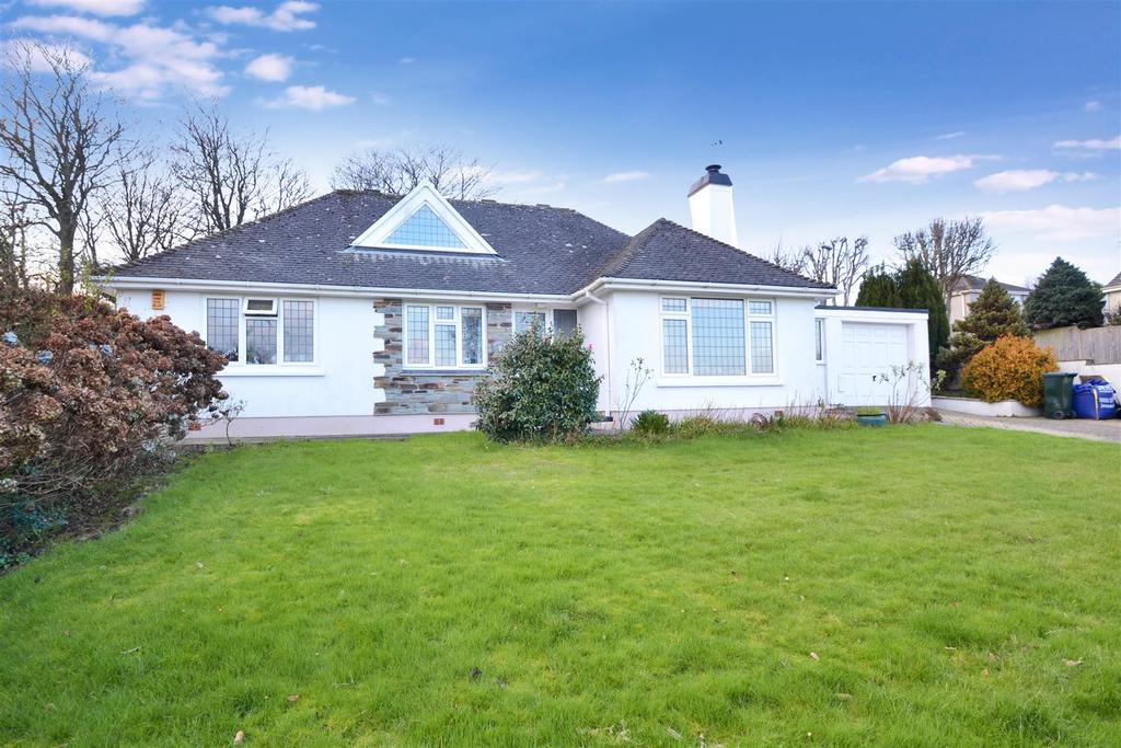 4 Bedrooms Detached House for sale in Roscarrack Close, Falmouth