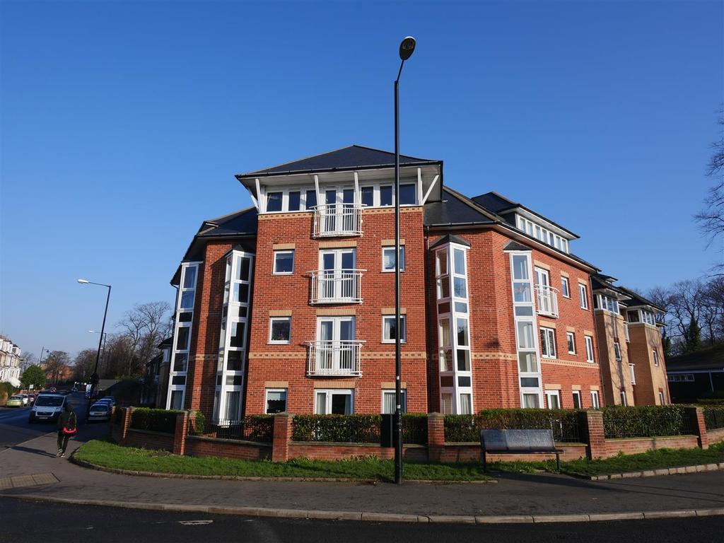 2 Bedrooms Apartment Flat for sale in Strawberry Court, Ashbrooke, Sunderland