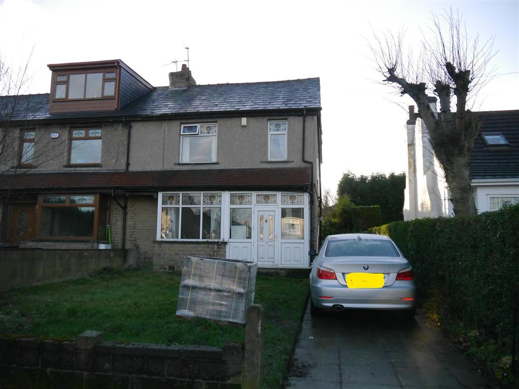 3 Bedrooms Semi Detached House for sale in Moore Avenue, Horton Bank Top, Bradford, BD7 4JR