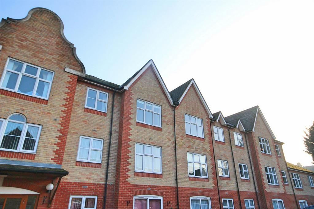 1 Bedroom Retirement Property for sale in Macmillon Court, Godfreys Mews, CHELMSFORD, Essex