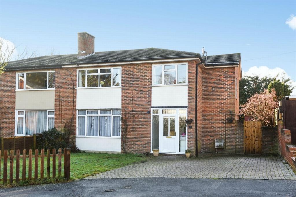 4 Bedrooms Semi Detached House for sale in Bisley, Woking, Surrey