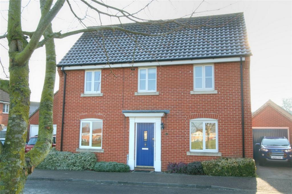 3 Bedrooms Detached House for sale in Lomond Road, Attleborough, Norfolk