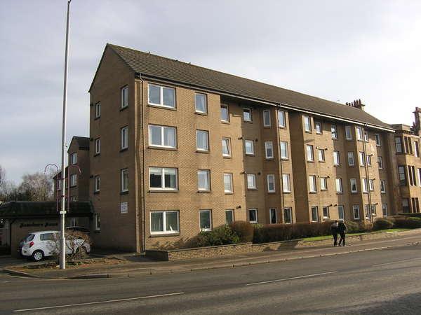 1 Bedroom Retirement Property for sale in Flat 4, Homeburn House, 177 Fenwick Road, Giffnock, Glasgow, G46 6JD