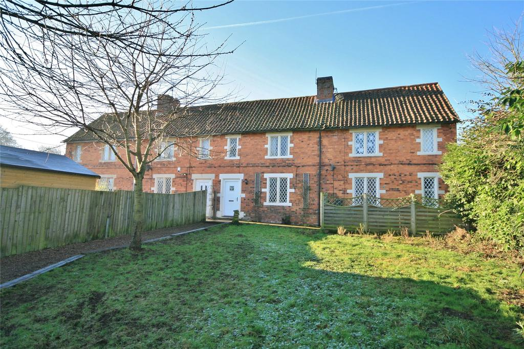 3 Bedrooms Terraced House for sale in Gelston Road, Hough On The Hill, NG32