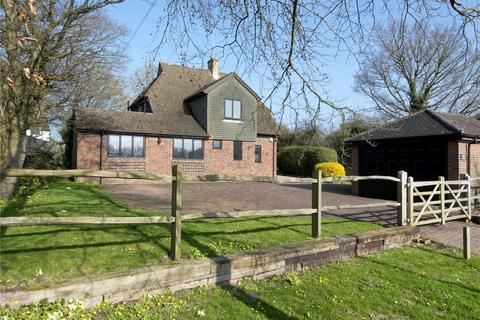 4 bedroom detached house for sale - Chevening Road, Chipstead, Sevenoaks, Kent, TN13