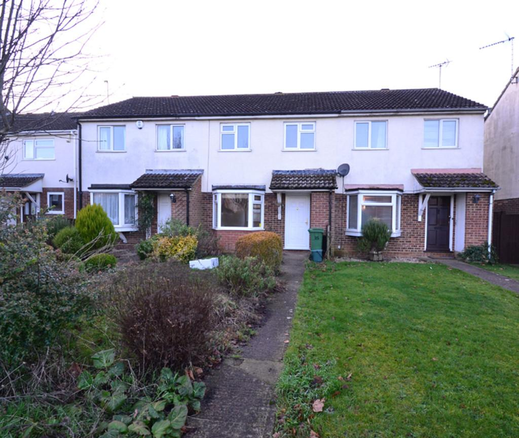 3 Bedrooms Terraced House for sale in Magpie Way, Winslow