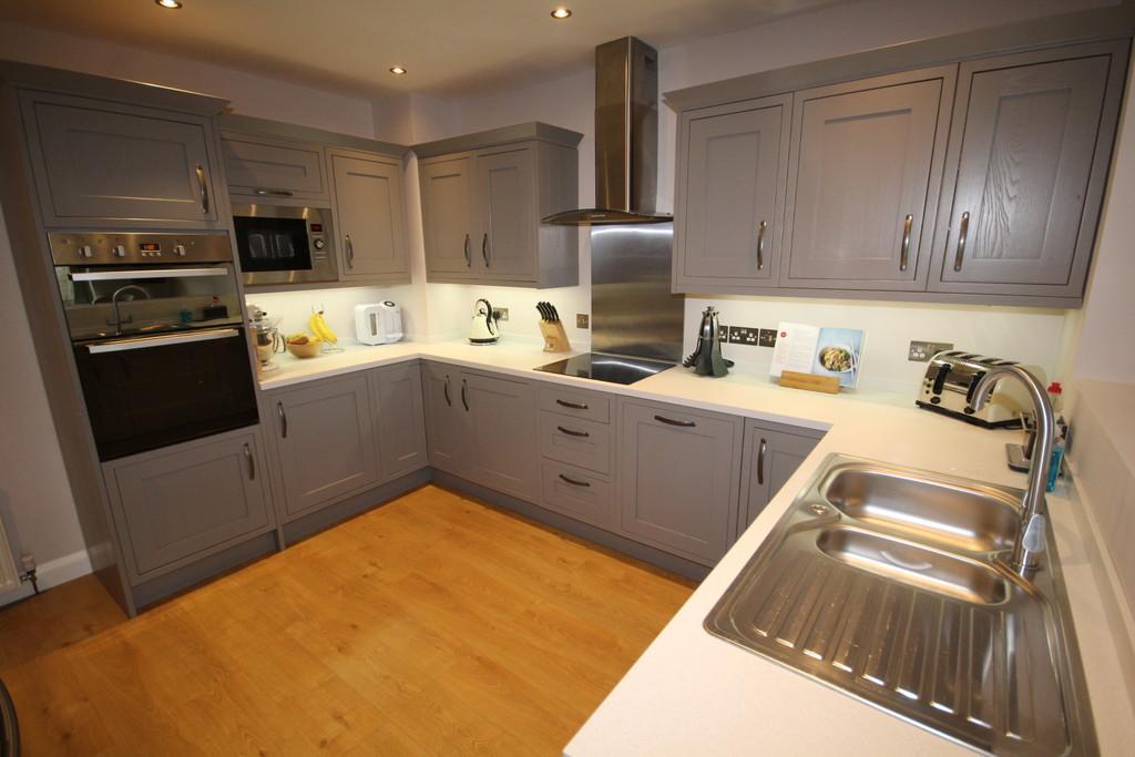 2 Bedrooms Semi Detached House for sale in Rosedale, Flookburgh Road, Allithwaite, Grange-Over-Sands